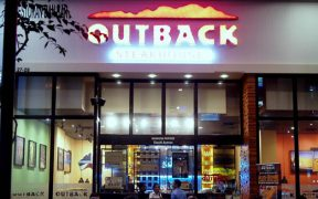 Outback Steakhouse Landlord Found Liable for Patron's Sidewalk Slip and Fall Injury